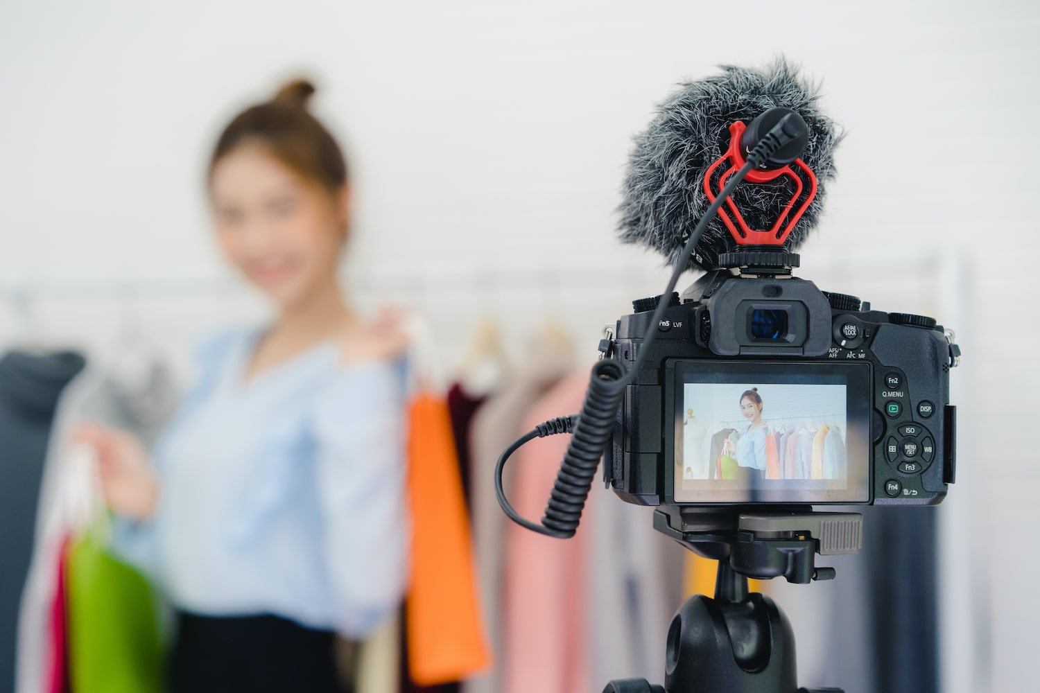 Thailand- influencer creating content for high engagement rate